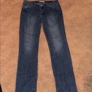 Kardashian jeans (Kim)